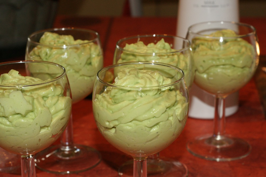 Verrine Avocat Au Citron Vert Saumon Fume Fourchett Es